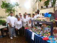 MCTC students at Taste of Art Cupcake Wars